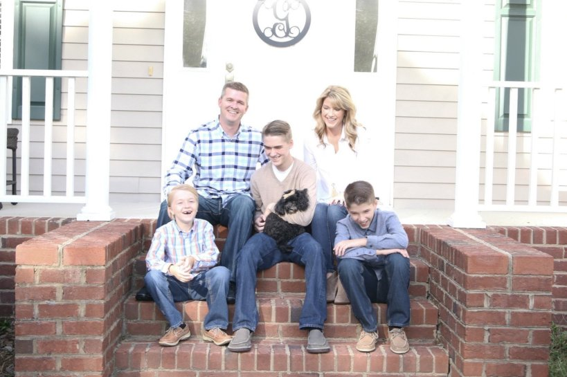 View More: http://opendoorchurch.pass.us/golden-family-photo-shoot